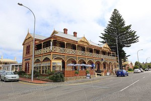 the Anchorage Hotel in Victor Harbor